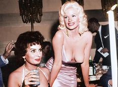 Sophia Loren and Jayne Mansfield. Colorized Historical Photos, Gina Lollobrigida, Jayne Mansfield, British Actresses, Sophia Loren, The Good Old Days, Vintage Photos, Nostalgia, The Past