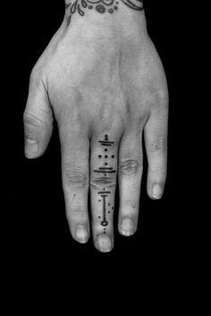 BURTON Jean-Philippe. Tattoo Artist.