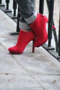 b0ce8739cce 81 Best Style Shoes images in 2019 | Fashion Shoes, Shoe boots ...