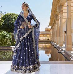 Love this blue silver latest 2019 Sabyasachi bridal lehenga. Mode Bollywood, Bollywood Fashion, Bollywood Saree, Indian Wedding Outfits, Indian Outfits, Indian Clothes, Wedding Dress, Lehenga Choli Images, Sabyasachi Collection