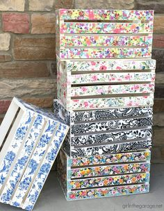 DIY repurposed project ideas - decoupage wood crates with napkins, stenciled crates, framed cork boards, and drawer shelves. Creative ideas to keep or sell for profit. Decoupage Wood, Napkin Decoupage, How To Decoupage Furniture, Decoupage How To, Decoupage Tutorial, Doll Tutorial, Drawer Shelves Diy, Crate Shelves, Crate Crafts