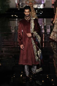 Manish Malhotra | India Couture Week 2016 #PM #Indiancouture