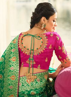 blouse designs latest Banarasi Silk Green Weaved Wedding Saree, embroidered with foliage floaral patterns on the border of the saree and stone work on the saree. Comes with matchi Wedding Saree Blouse Designs, Fancy Blouse Designs, Blouse Neck Designs, Blouse Patterns, Wedding Sarees, Blouse Styles, Hand Work Blouse Design, Stylish Blouse Design, Ppr