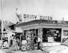 The opening of a Dairy Queen in 1957 at 11334 Moorpark Street in Studio City, now the site of the Girasol Restaurant. (LAPL) Bizarre Los Angeles