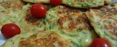 Panquecas de abobrinhas I Love Food, Good Food, Yummy Food, Vegetarian Recipes, Cooking Recipes, Healthy Recipes, Confort Food, Zucchini, Light Recipes