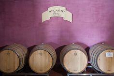 L'Hotel la Valle di #Assisi, in #Umbria, al suo interno ha anche una Cantina