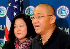 """http://pinterest.com/pin/7248049374312882/ http://pinterest.com/pin/7248049373448617/ American freed by North Korea wanted pizza- """"E.T. says: (HURRAY, THE TWO AMERICANS ARE FROM FROM NORTH KOREA. THEY'RE FREE FROM THAT MONSTER, KIM JONG UN. And you didn't even need Dennis Rodmans help or his former NBA team of former NBA players. And what did they ask for? HEY, RIG? PIZZA, RIG!) The Oil Rig says: (OH BOY. I WANT SOME, TOO. GET OUTTA THE WAY. COLUMNS? DO YOUR DUTY. HANG ON, GRUMPY CAT. lmao…"""