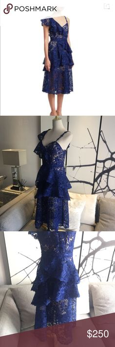 NWOT Alice + Olivia Florrie Lace Dress Size 4 Brand new without price tags  Romantic with all the lace tiered on the dress, elegant yet fun, suitable for all the upcoming events in summer! Alice + Olivia Dresses Midi