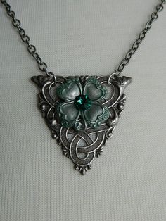Irish necklace - I could make this into a tattoo and have 3 clovers...for my 3 boys
