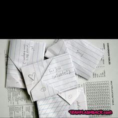 How to fold a note!.. been wondering how to do this..