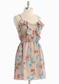 Summer dresses are adorable... and yet I never seem to wear as many as I plan to.