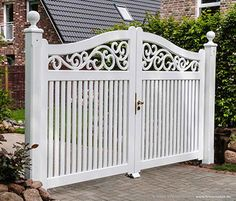 Gartenpforte OHLAND - Friesenwall SYlt Front Yard Landscaping Design, Iron Garden Gates, House Gate Design, Entrance Gates Design, Landscaping Entrance, Front Gate Design, Garden Doors, Garden Gates And Fencing, Vinyl Fence Landscaping