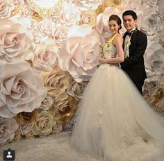 Una preciosa pantalla floral para tu boda