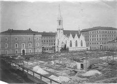 1892 chiesa luterana e Palazzo delle Poste in costruzione