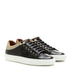 Givenchy Leather Sneakers (5.325 ARS) ❤ liked on Polyvore featuring shoes, sneakers, black, black trainers, givenchy sneakers, real leather shoes, leather sneakers and black shoes
