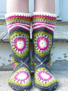 Cute And Comfortable Crochet Boot Slippers Crochet Boots, Crochet Slippers, Cute Crochet, Crochet Yarn, Crochet Slipper Pattern, Crochet Motif Patterns, Sock Crafts, Slipper Boots, Crochet Projects