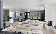 15 Ideas To Create Stylish And Contemporary Sunken Living Room Design - Top Inspirations