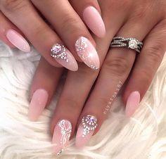 Those ring finger nails tho