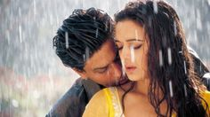 Shahrukh Khan and Preity Zinta in Veer-Zaara - a love story crossing borders Love Couple Images, Couples Images, Couple Pictures, Movie Songs, Hindi Movies, Srk Movies, Watch Movies, Bollywood Stars, Thalia