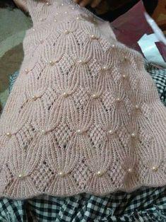 Hana Ptackova's media content and analytics Lace Knitting Patterns, Knitting Stitches, Knitting Designs, Diy Crafts Knitting, Easy Knitting, Knitting For Beginners, Knit Headband Pattern, Knit Crochet, Couture