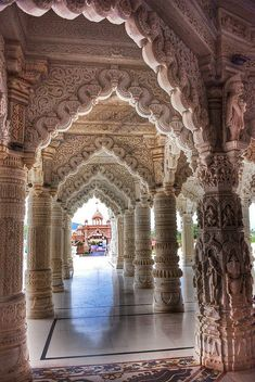 Exquisite oriental architecture at Swaminarayan Temple in Bhuj /...