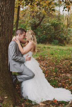 Wedding Pictures - How to make wedding photos bright and unusual? There're many original and beautiful photo ideas.Outdoor wedding photos are imbued with a romance and mystery Wedding Fotos, Barn Wedding Photos, Wedding Picture Poses, Outdoor Wedding Photography, Wedding Photoshoot, Wedding Shoot, Wedding Couples, Photography Ideas, Outdoor Wedding Pictures