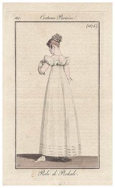Elegant white gown 1817 Costume parisien