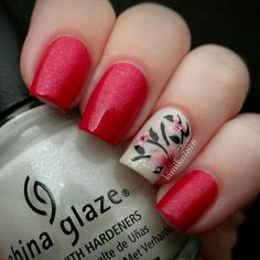 Red and white glitter floral nailart