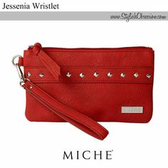 Jessenia Wristlet