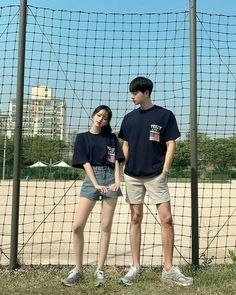 fashion outfits teenage korean for your perfect look this summer. teenage korean Fashion Outfits Teenage korean For Your Perfect Look This Summer Mode Ulzzang, Korean Ulzzang, Ulzzang Girl, Korean Look, Cute Korean, Korean Girl, Matching Couple Outfits, Matching Couples, Mode Outfits