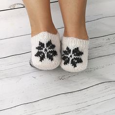 Needles Sizes, Design Crafts, Ravelry, Slippers, Legs, Wool, Knitting, Pattern, Gifts