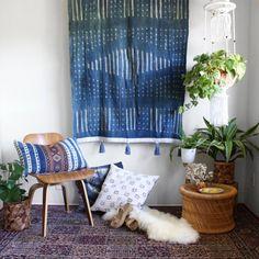 Indigo Dye Tapestry, Tie Dye Wall Art, Boho Wallhanging, African Textiles, Tie Dye Mudcloth, Tassel Tapestry, Bohemian Home Decor