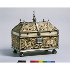 Casket, Cordoba, Spain | V&A Search the Collections
