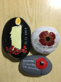 Remembrance Day Activities, Remembrance Day Art, Art Crafts, Crafts For Kids, Arts And Crafts, Pebble Painting, Rock Painting, Knitted Poppies, Poppy Craft