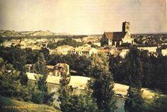 Dünyanın İlk Renkli Fotoğrafı..Bilinen en eski renkli fotoğraf Louis Ducos du Hauron tarafından 1872 de çekilmiş.Fotoğrafta Güney Fransa'dan bir görünüş bulunmakta.