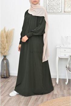 Stylish Hijab, Modest Fashion Hijab, Fashion Outfits, Muslim Women Fashion, Islamic Fashion, Mode Abaya, Mode Hijab, Burqa Designs, Moslem Fashion