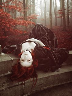 It was a night so beautiful that your soul seemed hardly able to bear the prison of the body. Somerset Maugham, The Moon and Sixpence, 1919 Gothic Vampire, Dark Gothic, Gothic Art, Gothic Girls, Gothic Photography, Halloween Photography, Creepy Photography, Witch Photos, Halloween Photos