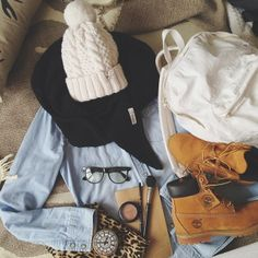 A little cozy chic style inspiration! Shop the Timberland boots here: http://goo.gl/nZVwc1