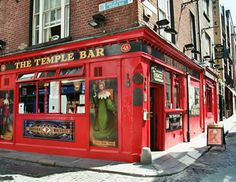 The famous Temple Bar. Joe and I had a Guinness here!