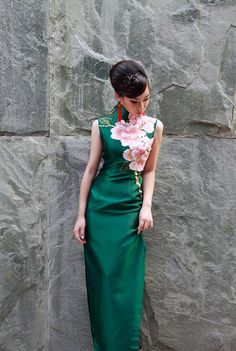 I prefer this bold simple design over the fussy embroidery. Green Cheongsam Gown Peonies