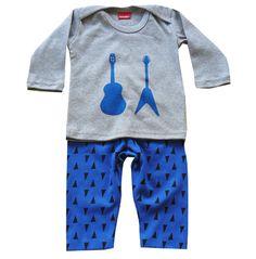 Monstar Kids Rock star set. Sizes 000, 00, 0 $20 Kid Rock, Stars, Sweatshirts, Boys, Clothing, Sweaters, Fashion, Baby Boys, Outfits