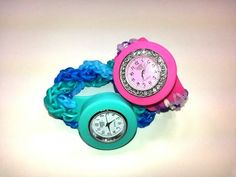 Rainbow Loom Bling Loomey Time WATCH Review / FRIENDSHIP BRACELET Tutorial. Designed and loomed by Ellen Carpenter at feelinspiffy. Click photo for YouTube tutorial. 10/25/14.