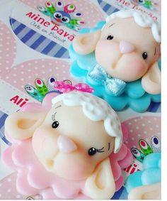Chaveiro de biscuit ovelinha