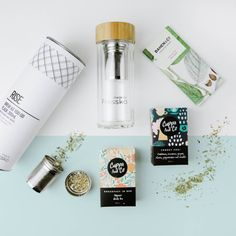 This hamper has been handcrafted for the tea lover who likes to drink on the move.  Not just for tea - simply remove the tea strainer and the double walled glass flask is perfect for cold healthy smoothies and juices.   All items are hand packed inside a premium gift box, and all gift boxes come complete with leather wrap and straw filling to complete the gift opening experience.     GIFT BOX INCLUDES Made by Fressko Glass Tea/Drink flask // Cuppa and Co Organic Camomile & ...