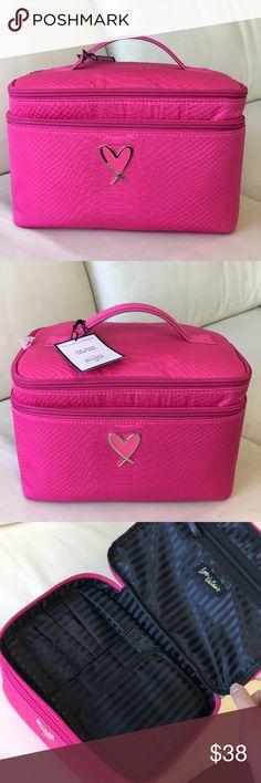 100f15f1b2 Victoria Secret train case 100% brand new. Perfect train case   makeup case