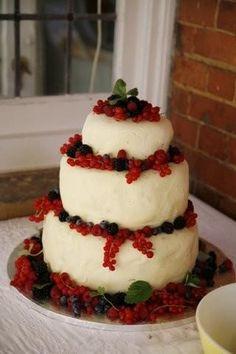 White chocolate and summer fruit homemade wedding cake #food