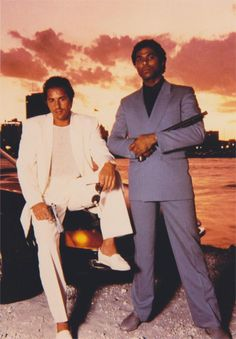 MIAMI VICE DON JOHNSON PHILIP MICHAEL THOMAS 4X6 PHOTO800 x 1150 | 80.9KB | www.joearmory.com