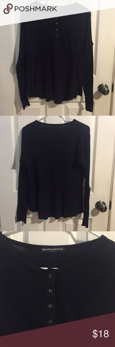 Brandy Melville Navy Long Sleeve Brandy Melville Navy Long Sleeve! Cute for any occasion! Never worn AND never washed. Brand new but without tag! Can be worn as a thermal top Brandy Melville Tops Tees - Long Sleeve