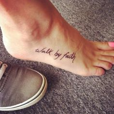 Best Foot Tattoo Designs – Our Top 10 walk by faith tattoo on foot – Bing Images Piercings, Piercing Tattoo, Tattoo Numero, Tattoos Verse, Faith Foot Tattoos, Tattoo Fonts, Rib Tattoo Script, Foot Tatoos, Star Foot Tattoos