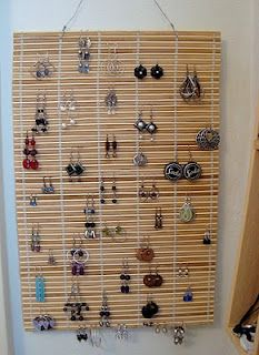This is my Organizing shortcut for the @gooseberrypatch Simple Shortcuts Scavenger Hunt!- Earring Organization
